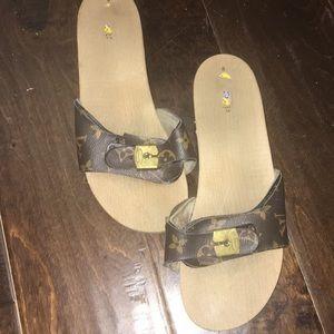 Louis Vitton Dr Schols sandals
